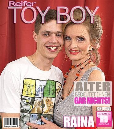 Mature - Raina W. (50) - Geile Hausfrau knallt ihren Toyboy