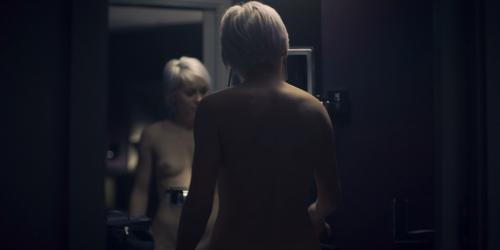 jasmin-minz-nude-skylines-09.jpg