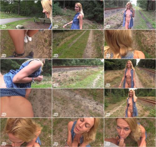 Miley Weasel - Mitten an der Bahnstrecke gefickt [HD 720P]