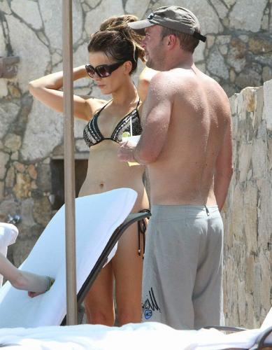 Kate Beckinsale bikini in Mexico Beach