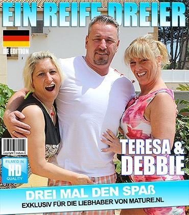 Mature - Debbie D. (39), Teresa Lynn (EU) (42) - Deutsche Freche dreier fickt und saugt