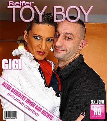 Mature - Gigi S. (44) - Heiße Hausfrau knallt ihren Toyboy