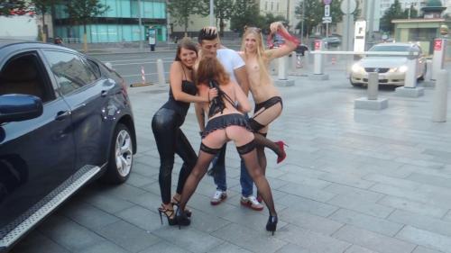 3_Kinky_Girls