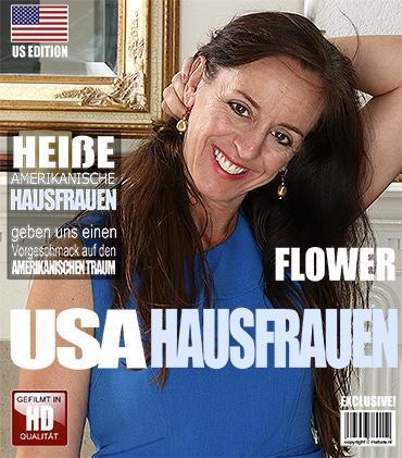 Mature - Flower (46) - Amerikanisch Hausfrau spielt mit sich selbst