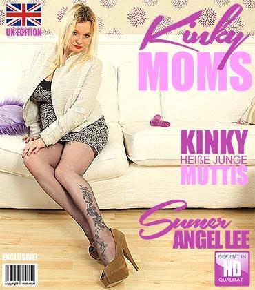 Mature - Summer Angel Lee (EU) (40) - Britische mama spielt mit sich selbst  Mature.nl