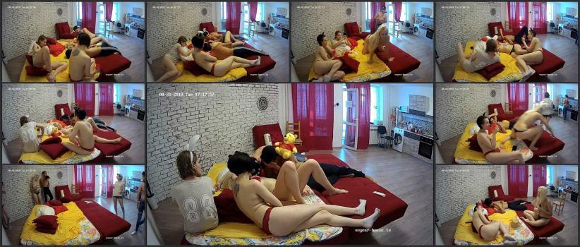 Voyeur_house_tv_10-05_093227