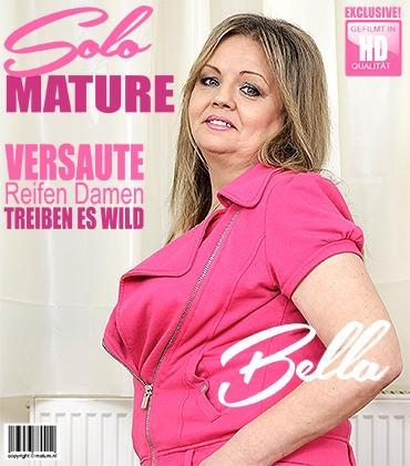 Mature - Bella S. (51) - kurvige Hausfrau Bella fingert sich selbst  Mature.nl