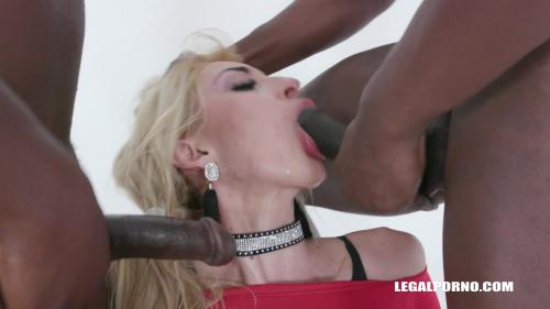 Anita Blanche comes to try african champagne IV356 [HD 720P]