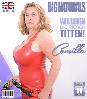 Mature - Camilla C. (EU) (45) - Britische Vollbusige Dame fummelt herum