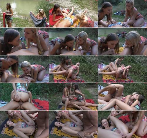 sexyRia - Public Creampie 3er mit Lesbenkuesse [FullHD 1080P]