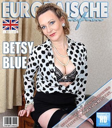 Mature - Betsy Blue (EU) (44) - Britische Heiße Hausfrau strippt und fühlt sich frech
