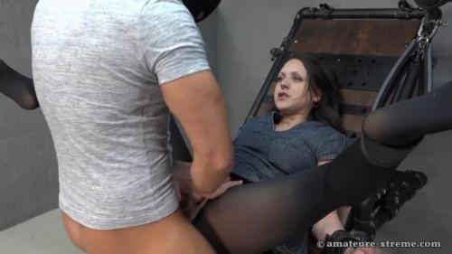 Fucking and squirting – Samira. 2018-04-06. Amateure-Xtreme.com (187 Mb)