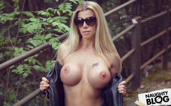 Lara De Santis - Pornstar Collection