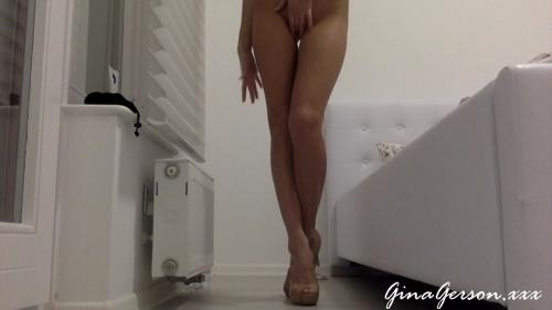 About_My_Beautiful_Legs_Gina_Gerson