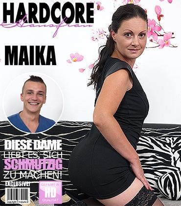 Mature - Maika (35) - Heiße Hausfrau fickt und saugt