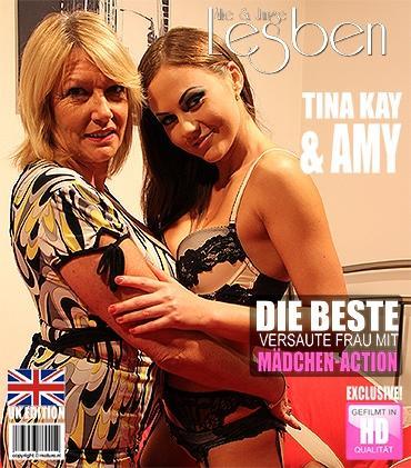 Mature - Amy (EU) (53), Tina Kay (30) - Britische junge und alte Damen fummelt herum